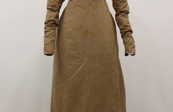 Mrs Mabbot's dress © Manchester Art Gallery Bridgeman Images