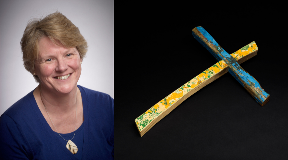 Left to right Jill Cook, Keeper, Department of Britain, Europe & Prehistory, the British Museum & The Lampedusa cross, Francesco Tuccio, 2015, wood (c) The Trustees of the British Museum (2)